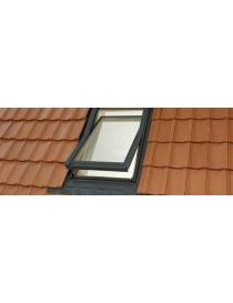 Fenêtre de toit en bois à...