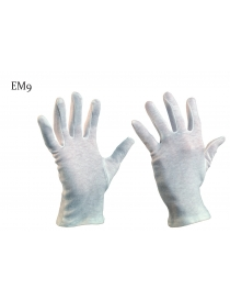 Une paire de gants de...